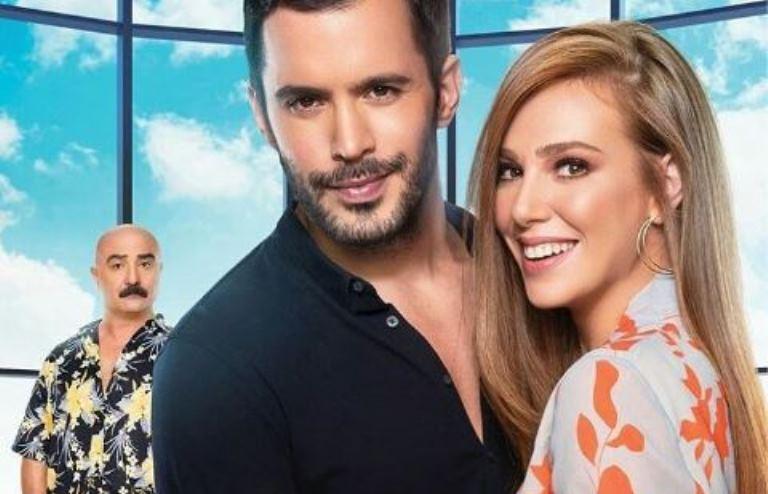"""(Галерија) Се случи премиерата на """"Време за среќа"""": Дефне и Омер направија бура во Истанбул – еве како беше!"""