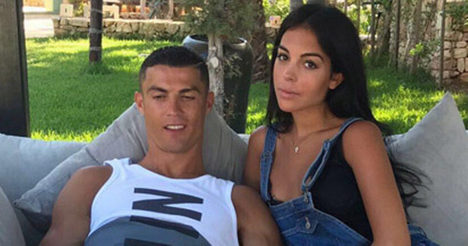 (ФОТО) Саканата на Роналдо ја покажа ќеркичката во списание – еве на кого личи!