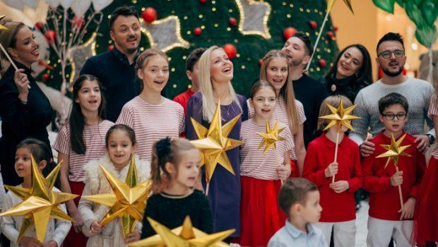 """Осум македонски музички ѕвезди ја снимија божикната песна """"Вечниот Бог"""" (ВИДЕО)"""