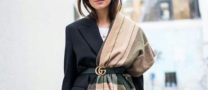 (ФОТО) Носете го шалот како модна икона: Веќе не мора да го врзувате само околу вратот!