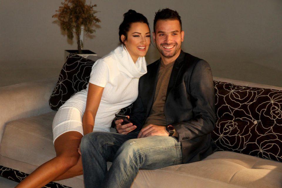 Сите го знаат: Нема да верувате кој ќе биде кум на венчавката на Александра Пријовиќ и Филип Живојиновиќ! (ФОТО)