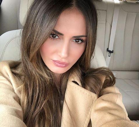 Среде скандалот за разводот и наводната старо-нова љубов на Емина, се огласи сопругата на поранешниот на пејачката!