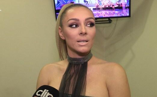 СКАНДАЛ:  Анабела Атијас нападната во Белград – пејачката се здобила со лесни повреди!