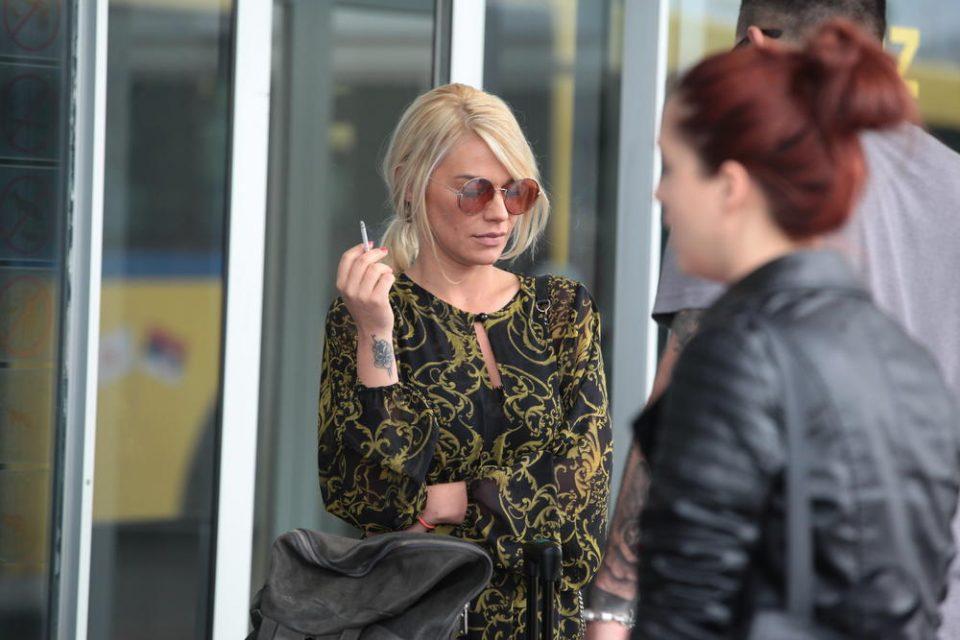Освен Наташа и овие српски пејачки признаа дека биле жртва на семејно насилство!