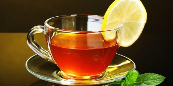 Детокс чај од две состојки кој помага во топењето килограми