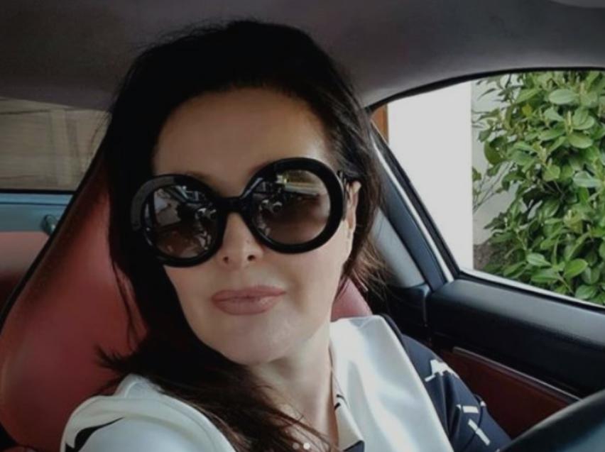 """Драгана Мирковиќ се пофали со """"ѕверот"""" вреден цело богатство (ФОТО)"""