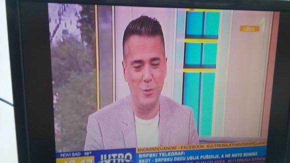 Жељко Јоксимовиќ во емисија кај сопругата Јована: По оваа негова реченица водителката почна да пелтечи! (ФОТО)