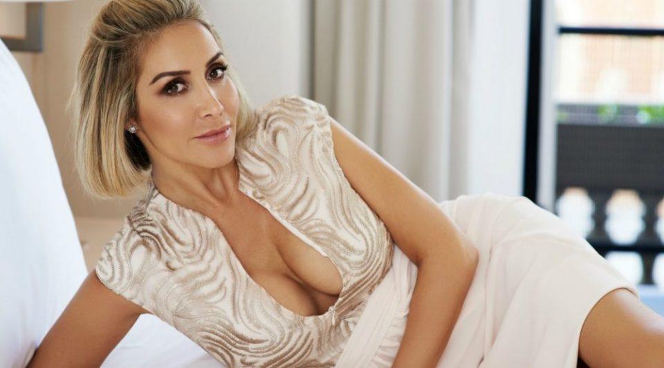 Ескорт дама открива што сакаат мажите во креветот