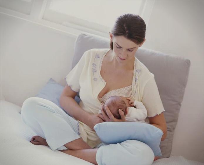 Пет причини поради кои сексот се менува во текот на доењето