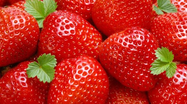 Сте знаеле ли дека листот од јагода служи како лек?