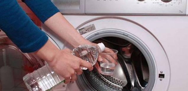 Два најлесни и најевтини начини за чистење на вашата машина за перење алишта