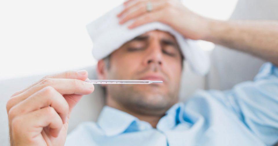 И науката потврди зошто мажите се како бебиња кога ќе се разболат