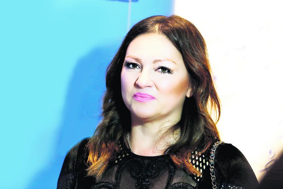 Опасно згодна: Нина Бадриќ важи за прекрасна жена, а вака изгледа нејзината сестра! (фото)