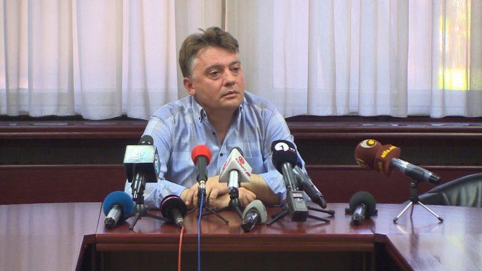 """Откако најави дека ќе им наплаќа паркинг:  Моторџиите му се собраа, а Шилегов се држеше за своите… """"аргументи""""! (ФОТО)"""