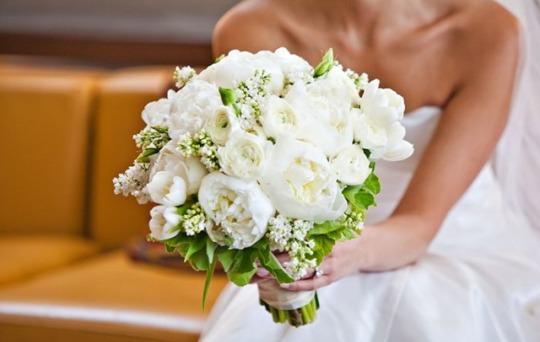 Пијана невеста збесна на свадба: Си го претепа сопругот, неговата баба и кумовите