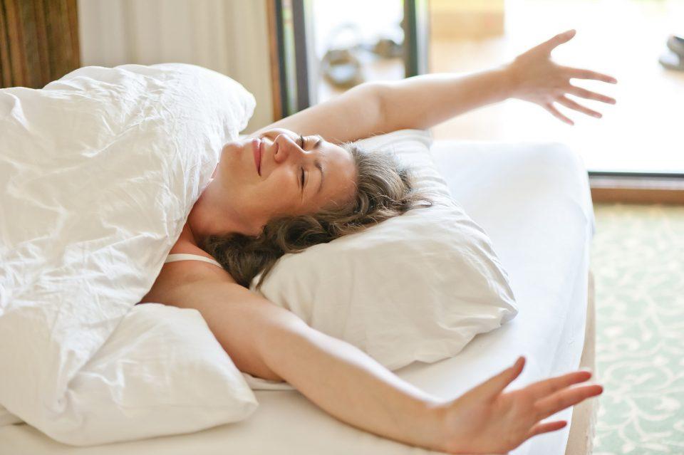 Предности на утринскиот секс – зошто треба да го практикувате?