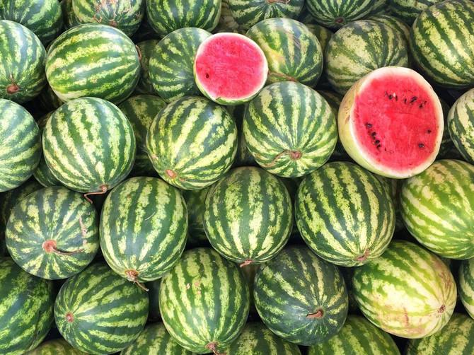 По овој детаљ на кората секогаш ќе ја погодите најубавата лубеница