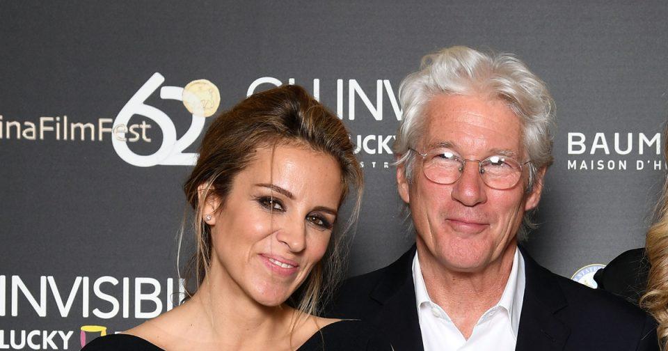 Ричард Гир на 68 години очекува дете од 35 годишната сопруга