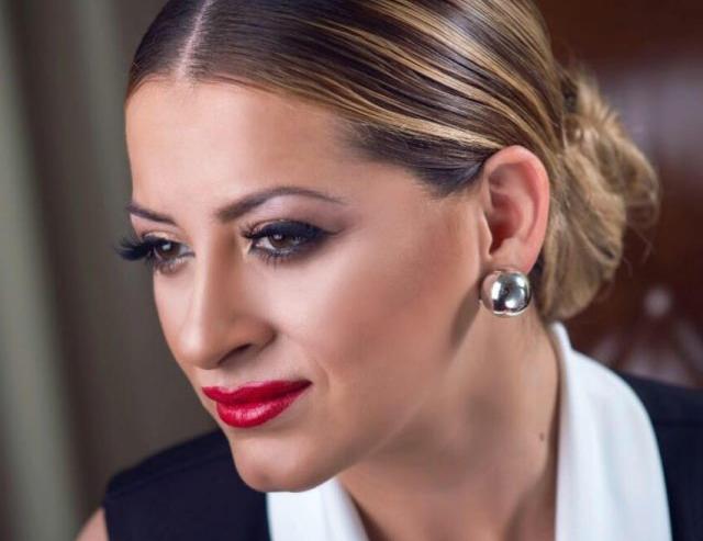 Како тинејџерка: Новиот изглед на Анета Молика нема да ве остави рамнодушни (фото)
