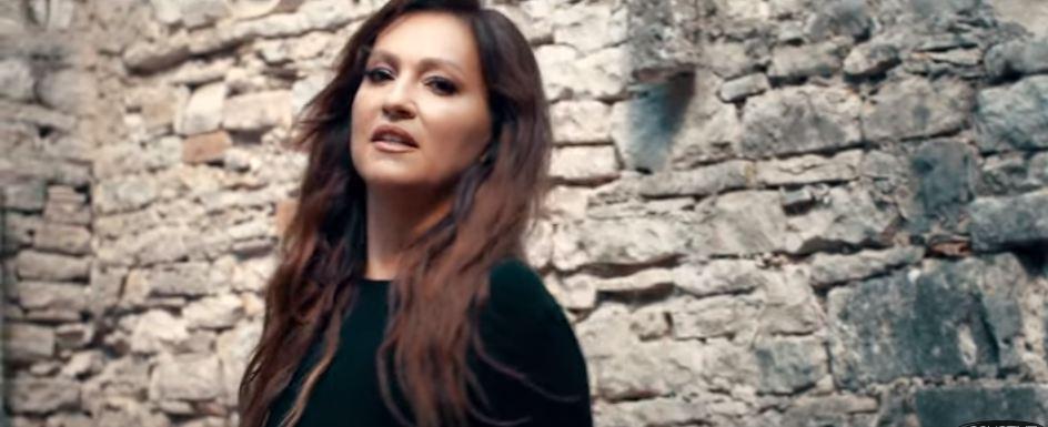 """""""Секојдневна приказна во која се пронајдов"""": Нина Бадриќ објави песна за разводи (видео)"""
