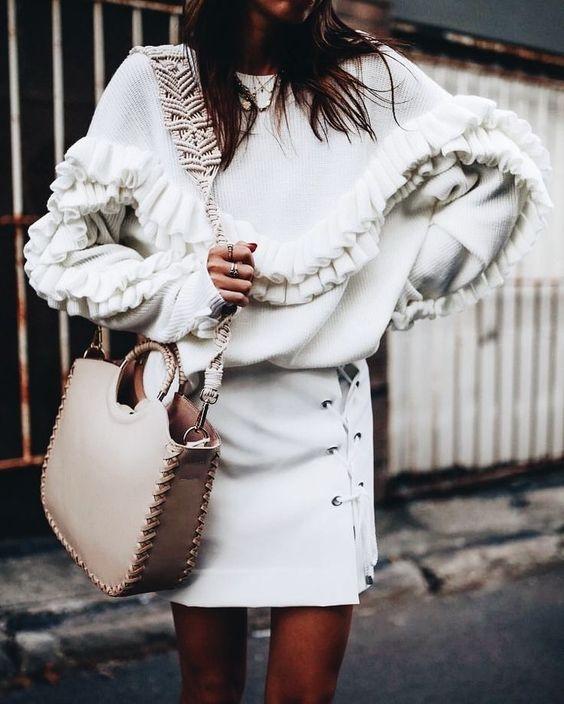Широки џемпери + здолниште = идеална есенска комбинација (фото)