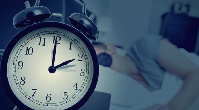 Што се случува во вашето тело кога ќе го одложите алармот?