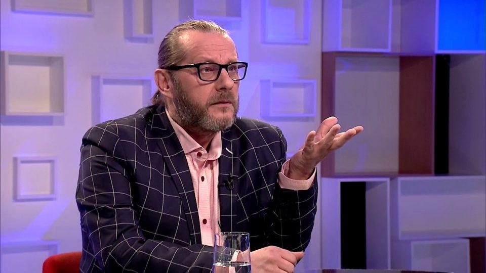 """Игор Џамбазов -""""преспа(в)"""" во мртовечки сандак! (ФОТО)"""