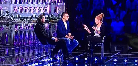 """Таткото на Александра Суботиќ и мајка и на Мина Врбашки започнаа врска па се појавија на ТВ емисија: """"Влегуваат во Задруга 2""""? (ФОТО)"""