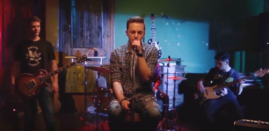"""Внукот на Тоше Проески ја објави својата прва песна """"We are blood"""" (видео)"""
