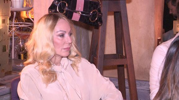 Лепа Брена зема кредит да купи куќа на Александра Пријовиќ и Филип Живојиновиќ