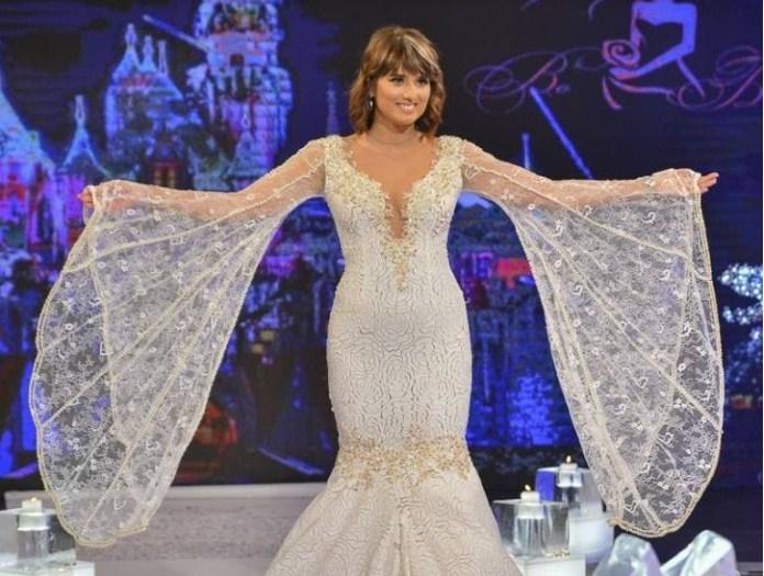 """Водителката на """"Брза кујна"""" пак во бело: Александра во февруари повторно облекува невестински фустан! (ФОТО)"""