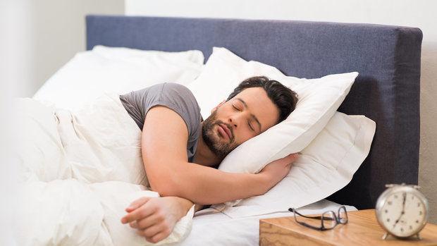 Дали ноќниот тренинг го уништува вашиот квалитетен сон?