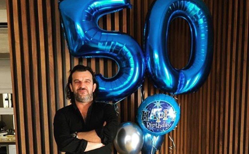 Аца Лукас го прослави 50-от роденден, а ова беа единствените гости