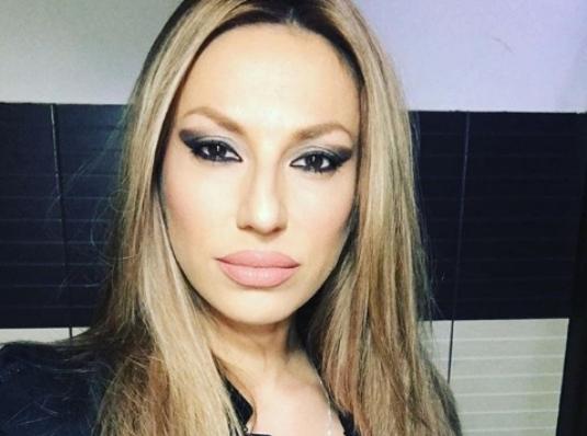 Рада Манојловиќ повторно направи модна катастрофа од себе (фото)
