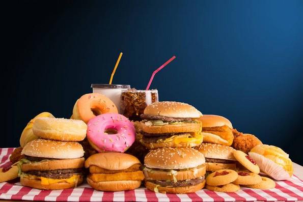 5 видови храна и пијалаци што треба да ги избегнувате доколку страдате од анксиозност