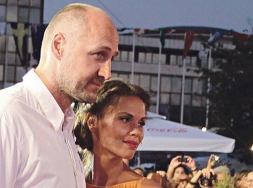 """Сопругата на славниот кошаркар Дино Раѓа """"пиштол"""" гола на фотографија: Го прифати предизвикот – им ја падна вилицата! (ФОТО)"""