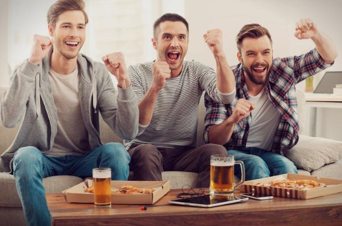 Што им е поважно на мажите, сексот или фудбалот?