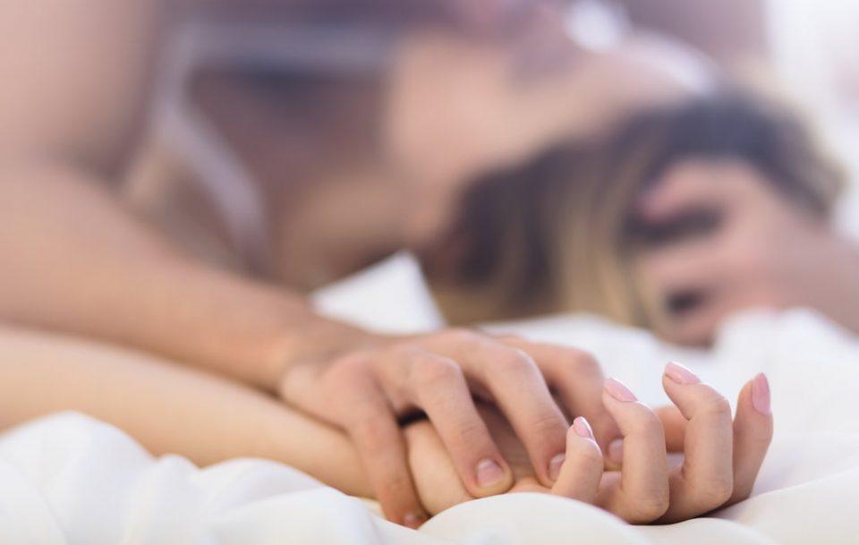 Науката има објаснување зошто сакаме орален секс