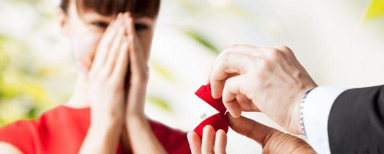 Овој хороскопски знак ќе добие понуда за брак во февруари