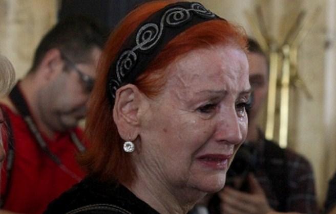 Почина сопругот на лепа Лукиќ со кој 19 години беа во складен брак (ФОТО)