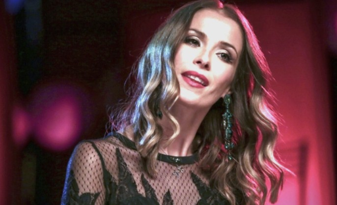 Одложен концертот и на Каролина Гочева – наместо утре ќе се одржи во недела
