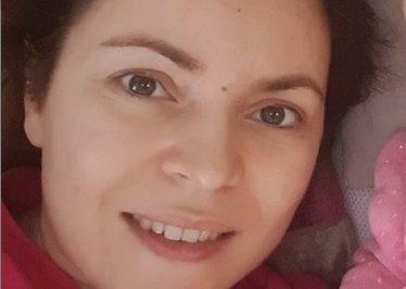 Новинарката на Сител покажа колку личат со новородената ќеркичка: Каја е копија на мама (ФОТО)