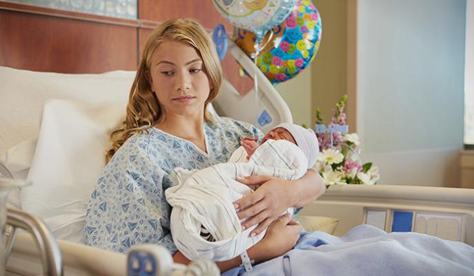 Одложување на родителството: Не се жените кариеристки, туку мажите се себични
