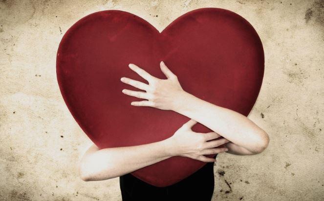 Тоа што прво ќе го забележите на фотографијата ги открива вашите најголеми слабости во љубовта
