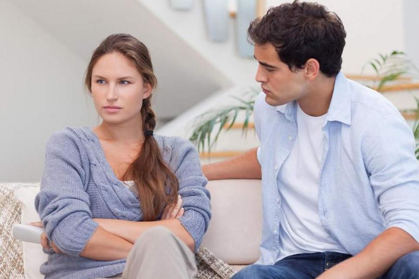 Знаци кои докажуваат дека врската ве исцрпува: Дали и вие ги забележувате?