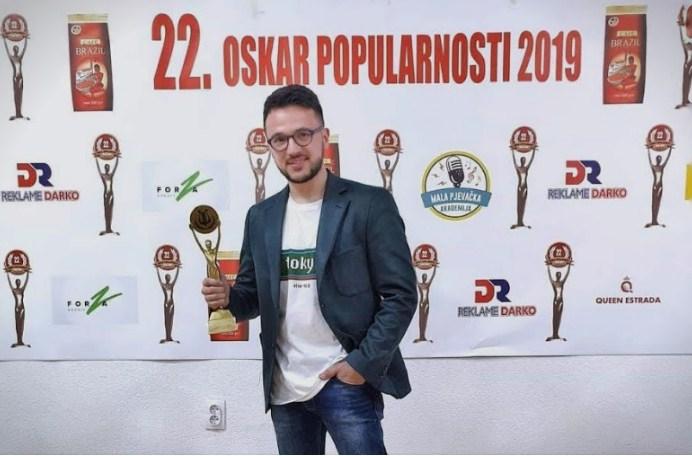 """""""Оскар на популарноста за Лозано"""": Пејачот во Бања Лука прогласен за најпопуларен изведувач од регионот"""