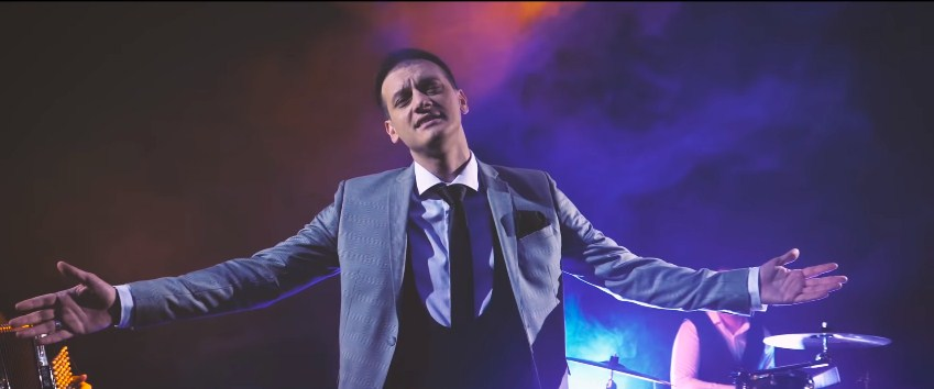 "Влатко Миладиноски низ песна се пожали – ""Се ми снема"" (ВИДЕО)"