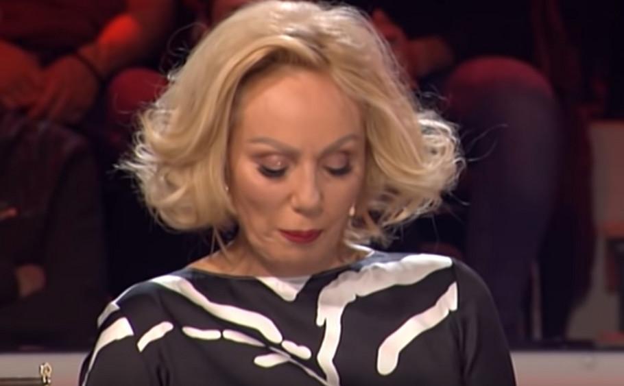 Лепа Брена се расплака и го напушти снимањето на емисијата поради Дивна Карлеуша (фото)