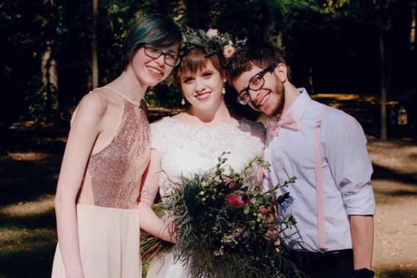 По венчавката, пар се вљубил во својата деверица: Сега живеат заедно и многу се сакаат