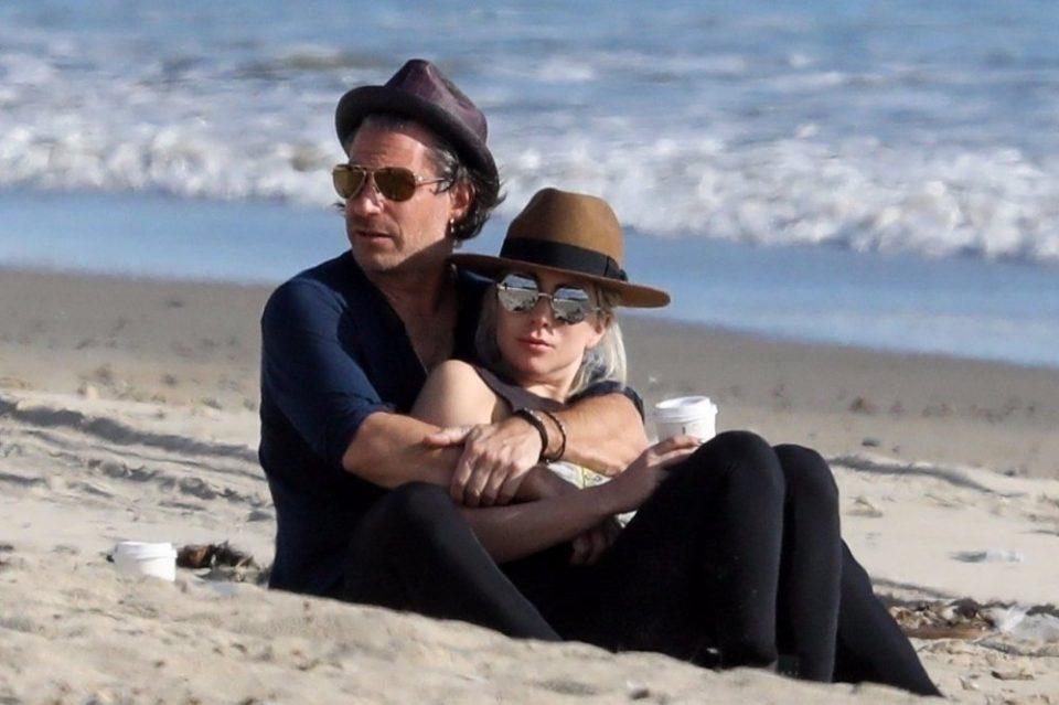 Дали навистина беше за Бредли Купер – открина причината зошто Лејди Гага ја раскина свршувачката?!